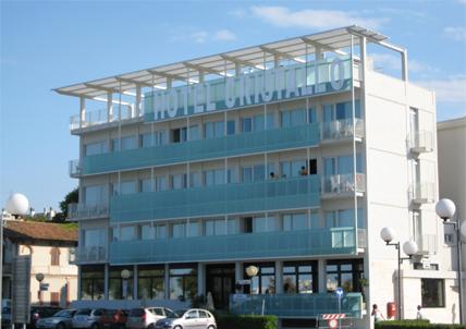 PROGETTO DI RESTYLING DELL' HOTEL CRISTALLO A SENIGALLIA